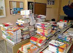 «Επιστρέψτε τα βιβλία σας»: Η έκκληση του Υπουργείου Παιδείας σε γονείς και μαθητές!