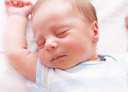 Μέχρι πότε πρέπει να κοιμάστε στο ίδιο δωμάτιο με το μωρό