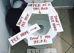 Μαμά αγοριών αφήνει τα πιο… εύστοχα σημειώματα στην τουαλέτα