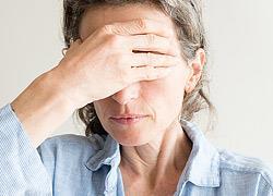 Τα 8 πρώτα σημάδια της εμμηνόπαυσης