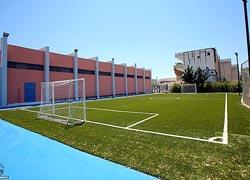 Ανοιχτά τα προαύλια των σχολείων κάθε απόγευμα στον Δήμο Γλυφάδας