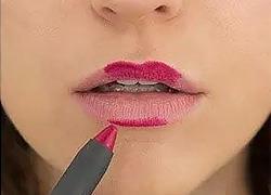Πώς να κάνετε το μακιγιάζ να διαρκέσει περισσότερο