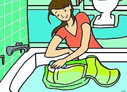Πώς να πλύνετε την τσάντα του παιδιού (αν δεν μπαίνει στο πλυντήριο)