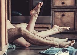 Πώς να μείνει η φλόγα αναμμένη σε μια μακροχρόνια σχέση: Ο ειδικός απαντά