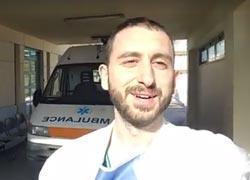 «Να είστε ευγνώμονες για το δώρο που λέγεται ζωή»: Το συγκινητικό μήνυμα ενός γιατρού που έχει γίνει viral!