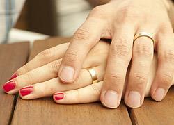 «Τα 5 στάδια που πέρασε η σχέση με τον άντρα μου»