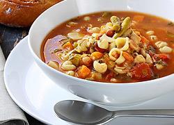 4 θρεπτικές σούπες… αντίδοτα στο κρύο!