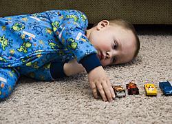 Αυτά είναι τα προειδοποιητικά σημάδια αυτισμού σε μωρά έως 18 μηνών