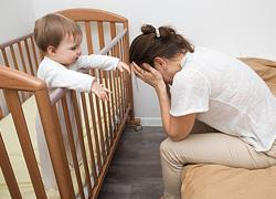 «Είσαι καλή μαμά»: Η φράση μιας ψυχολόγου που άλλαξε όσα πίστευα για μένα