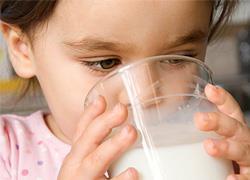 Παγκόσμια Ημέρα Γάλακτος: Πόσο σημαντικό είναι το γάλα στη διατροφή του παιδιού