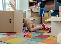 7 τρόποι για να προσαρμοστεί το παιδί στο καινούριο σπίτι