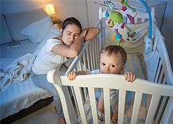 Πόσες ώρες κοιμούνται οι νέοι γονείς