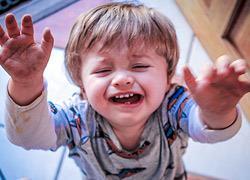 Γιατί η ηλικία των 2 ετών είναι η πιο δύσκολη σύμφωνα με μια μαμά