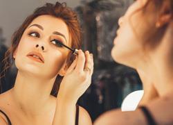 8 μυστικά ομορφιάς από μοντέλα για τέλεια εμφάνιση
