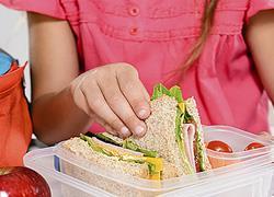 Γιατί είναι σημαντικό να τρώνε τα παιδιά στο σχολείο