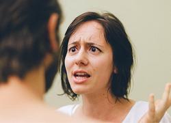6 καθημερινές συνήθειες με τις οποίες σαμποτάρετε τη σχέση σας