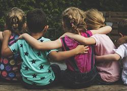 Παγκόσμια Ημέρα Ανθρωπίνων Δικαιωμάτων: Πώς να κάνουμε τα παιδιά μας ελεύθερους ενήλικες
