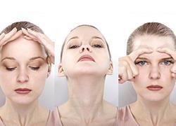 6 ασκήσεις για το πρόσωπο για να προλάβετε τις ρυτίδες