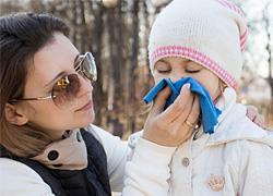 Κορύφωση των ιώσεων και του ιού της γρίπης στις αρχές Μαρτίου: Πώς θα προστατεύσετε την οικογένειά σας