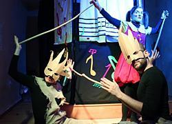 «Υπόθεση Ντορεμί»: Συνέντευξη με την δημιουργό και σκηνοθέτη της παράστασης Κατερίνα Μπάστα