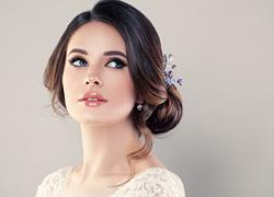 Νυφικό μακιγιάζ: πώς να μην το… παρακάνετε την ημέρα του γάμου σας