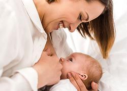 Το μητρικό γάλα είναι το καλύτερο αντιβιοτικό και 3 ακόμη λόγοι για να θηλάσεις