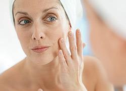 5 τρόποι για να ξανακερδίσετε το νεανικό σας δέρμα