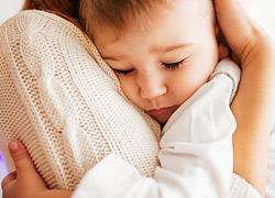 Δεν περίμενα να νιώσω έτοιμη για να κάνω παιδί και γι' αυτό είμαι η πιο ευτυχισμένη μαμά στον κόσμο