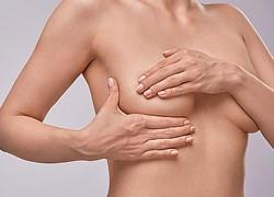 Καρκίνος του μαστού: Τα σημάδια που πρέπει να προσέξετε