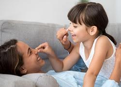 Παιχνίδια εμπιστοσύνης: Κερδίστε την εμπιστοσύνη του παιδιού σας, παίζοντας!