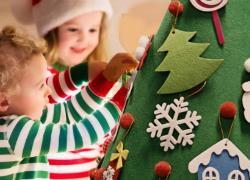 Στολίστε ένα χριστουγεννιάτικο δέντρο που είναι ασφαλές για το παιδί