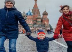 Δύο Έλληνες γυρίζουν τον κόσμο με τον 2χρονο γιο τους και ζουν μοναδικές στιγμές