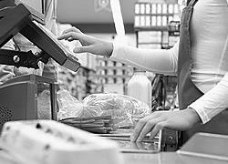 Μαθήματα ανθρωπιάς από ένα νέο κορίτσι στο σουπερμάρκετ