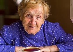 90χρονη με κορονοϊό δεν δέχτηκε αναπνευστήρα «για να σωθούν οι νεότεροι» και πέθανε