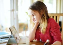 Τηλεκπαίδευση: Πώς να μην έχει το παιδί μαθησιακά κενά μετά την καραντίνα