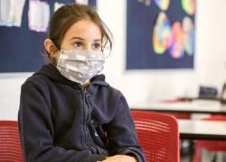 Κορoνοϊός και σχολεία: Οι κίνδυνοι της επαναλειτουργίας τους - Μεταδίδουν τα παιδιά τη νόσο;