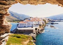 Άνδρος: ο καλύτερος νησιώτικος προορισμός στην Ευρώπη σύμφωνα με τους Times