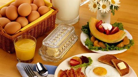 5 τροφές για υγιεινό και θρεπτικό πρωινό πριν το σχολείο