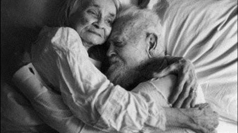 Ο παππούς μου δεν άντεξε τον χαμό της γιαγιάς και «έφυγαν» με λίγες ώρες διαφορά