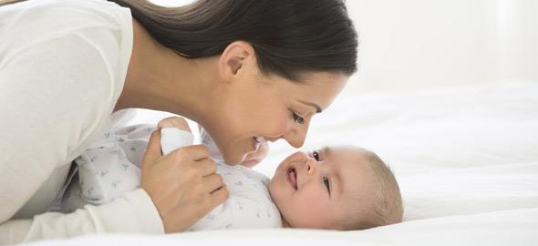 Μαμά σεξ με το μωρό