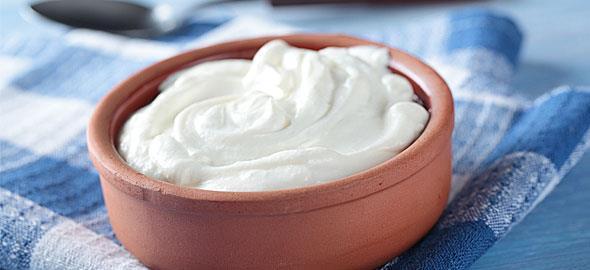 Η διατροφική αξία του γιαουρτιού και 20 προτάσεις για toppings