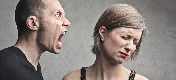 Λεκτική κακοποίηση και συναισθηματική βία στον γάμο: Συμβουλές επιβίωσης!