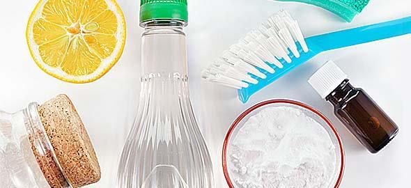 Πώς να φτιάξετε καθαριστικά για το σπίτι με απλά υλικά