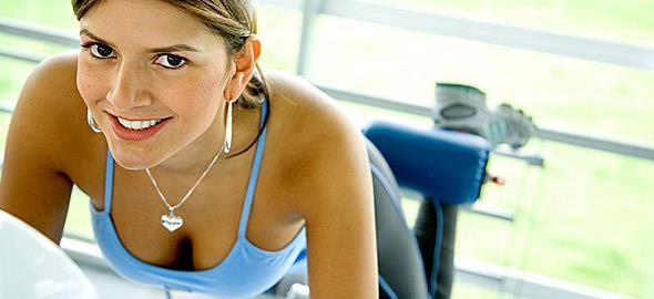 f65caff6710 3 ασκήσεις για στητό στήθος