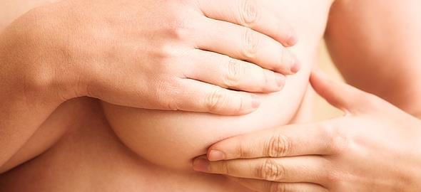 Δωρεάν κλινικός έλεγχος μαστού για νεαρές γυναίκες σε 3 πόλεις