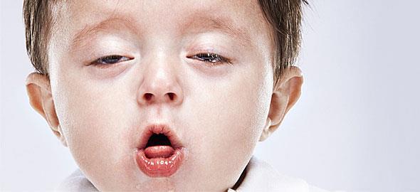 Γιατί βήχει το παιδί και πώς να το αντιμετωπίσετε