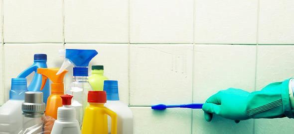 Πώς να καθαρίσετε τη μούχλα από το σπίτι