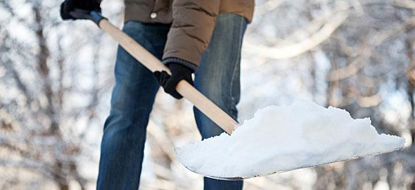 Πώς να αντιμετωπίσετε το χιόνι και την παγωνιά εντός και εκτός σπιτιού