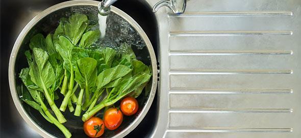 Πώς να αφαιρείτε τα φυτοφάρμακα από φρούτα και λαχανικά