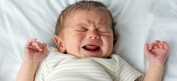 Μπορεί να μάθει ένα νεογέννητο να κοιμάται όλη νύχτα;